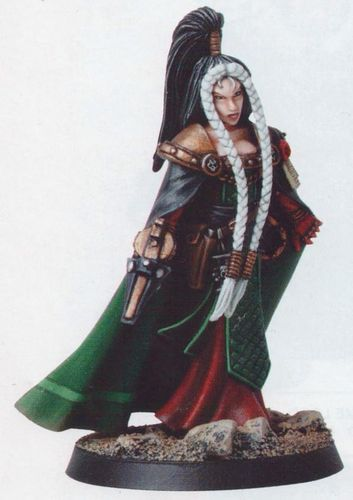 Lady Inquisitor Jena Orechiel 54mm